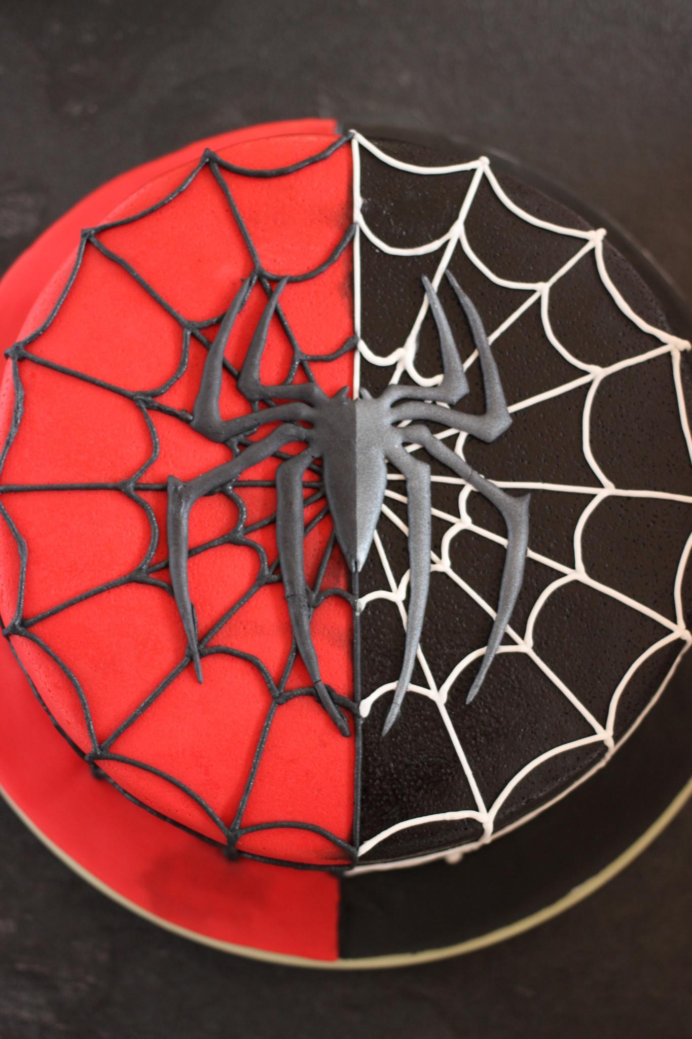 Spiderman Torte Sarahs Cakes