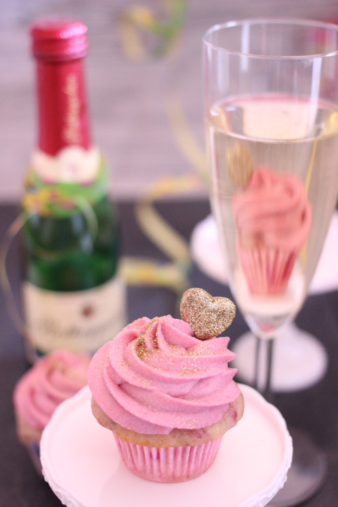 Himbeer Champagne Cupcakes
